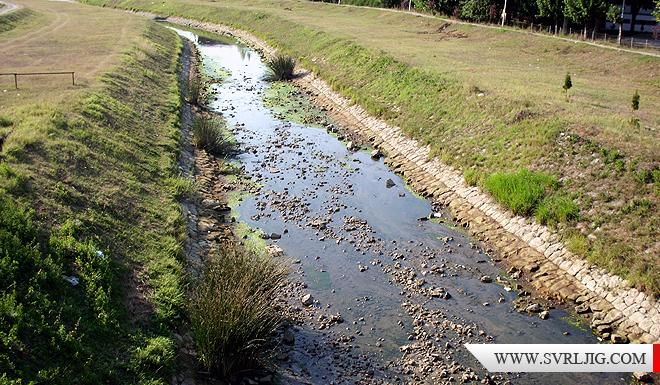 Reka bez vode