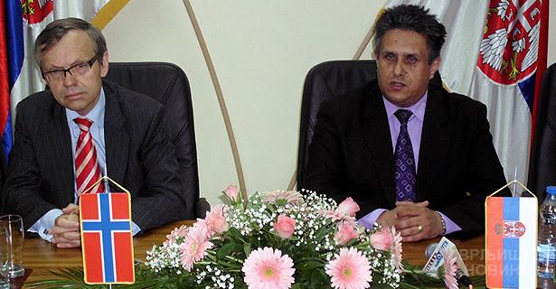 Ambasador predsednik