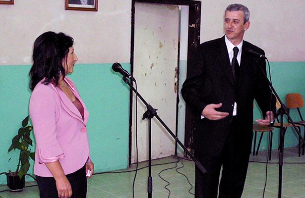 Lela Mitic i narodni poslanik Sasa Dujovic