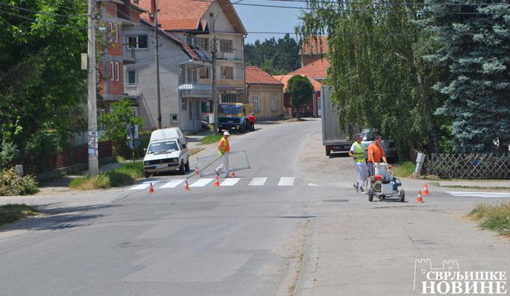 Foto vest: Obeležavanje saobraćajnica