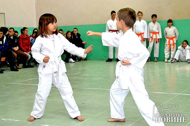 """Gradski karate klub """"Derven"""" treći u Srbiji"""