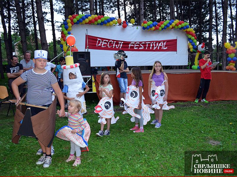 "Maskenbalom završen 13-ti ""Dečji festival"""
