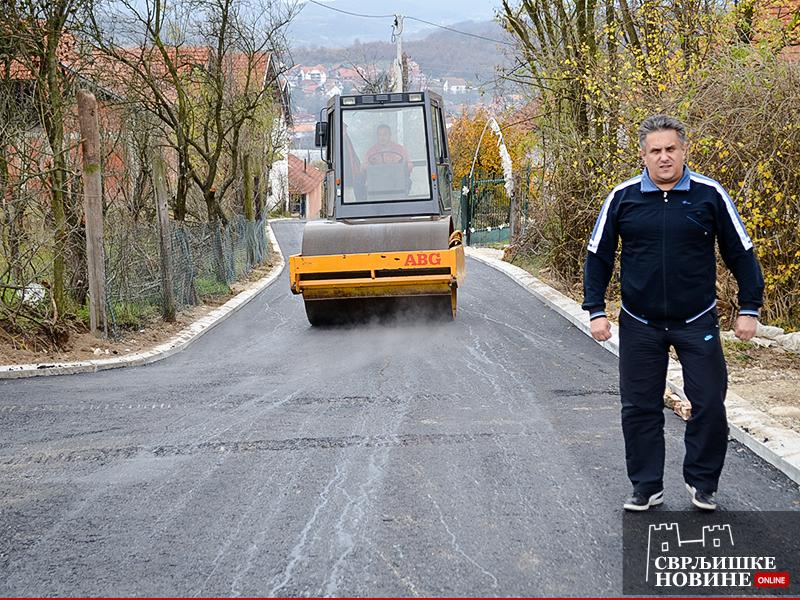 Poslanik obišao radove na asfaltiranju Ljubovačke