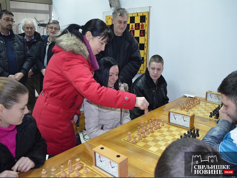 Predsednica opštine otvorila turnir u šahu