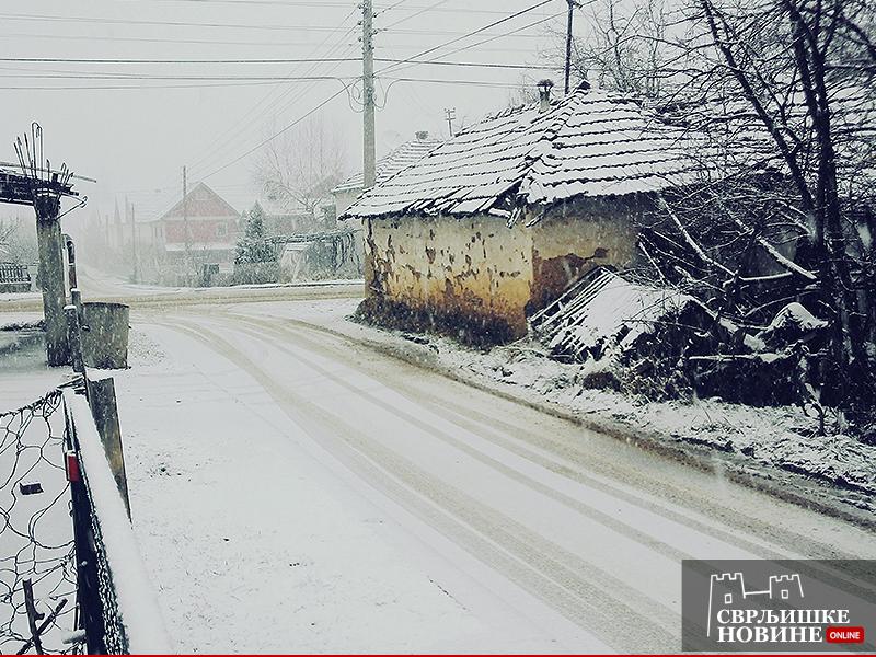 Sneg ponovo pada u Svrljigu