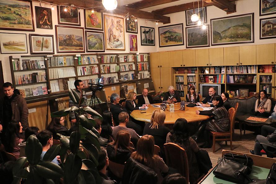 Promocija književnog stvaralaštva Maje Milošević pred mnogobrojnim Svrljižanima