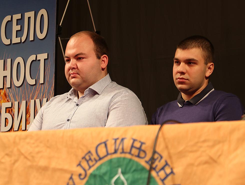 Mihajlo Stevanović (levo) i Petar Bogdanović, mladi na čelu Foruma mladih USS