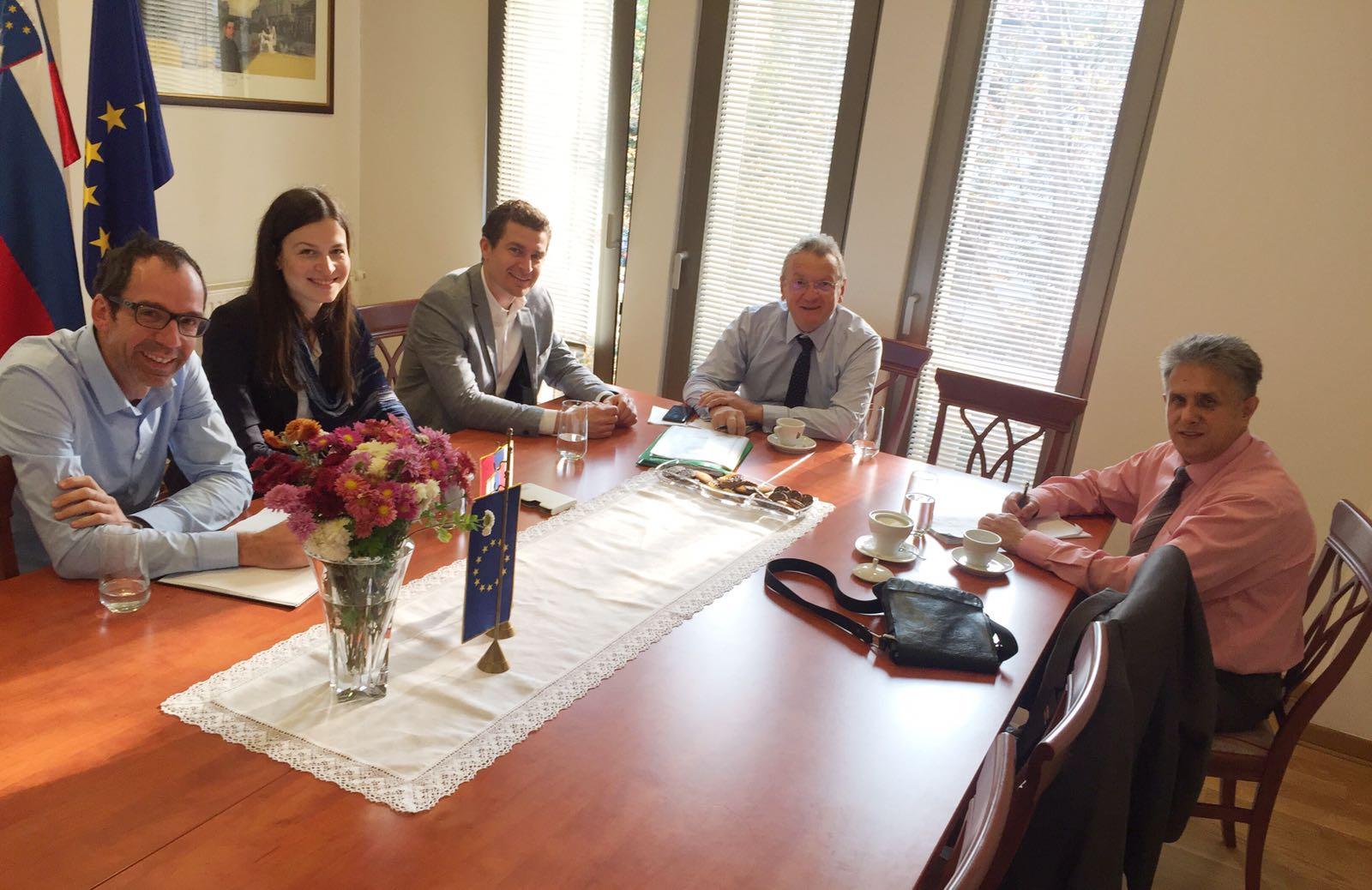 Sastanak u Ambasadi u Beogradu, foto: M.M.