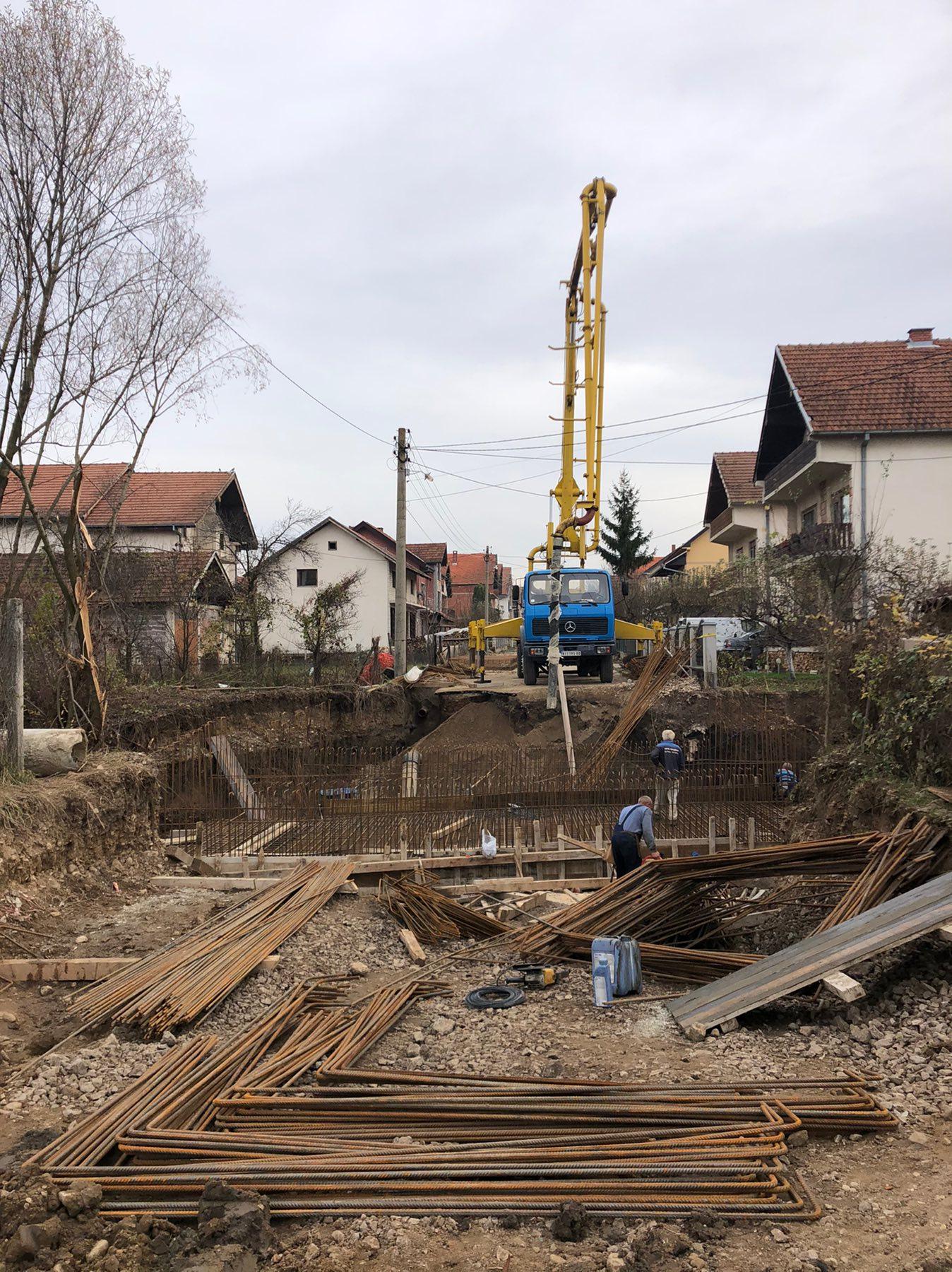 Dobra reka, izgradnja mosta, foto: M. Miladinović