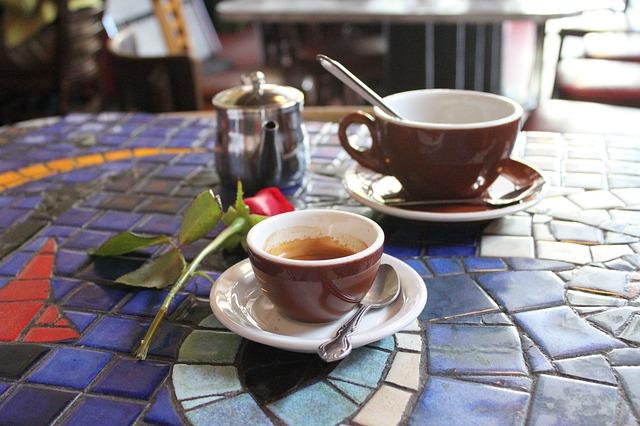 Kafići, ilustracija, foto: Howard Malone, preuzeto: pixabay.com