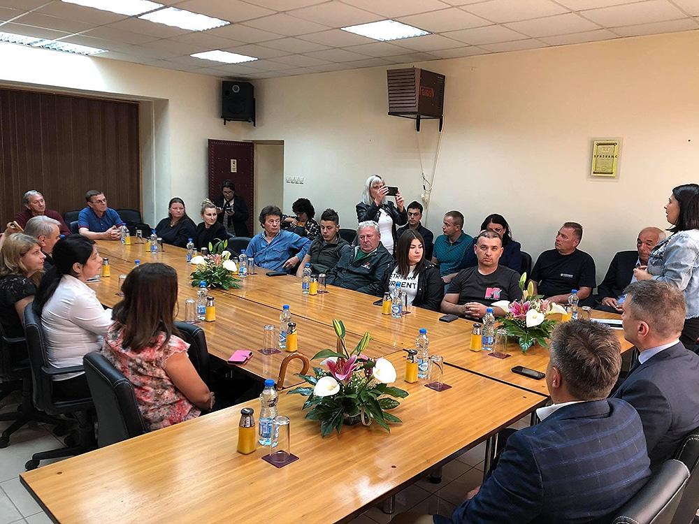 Ministar i predstavnici opštine Svrljig sa privrednicima, foto: M.M.