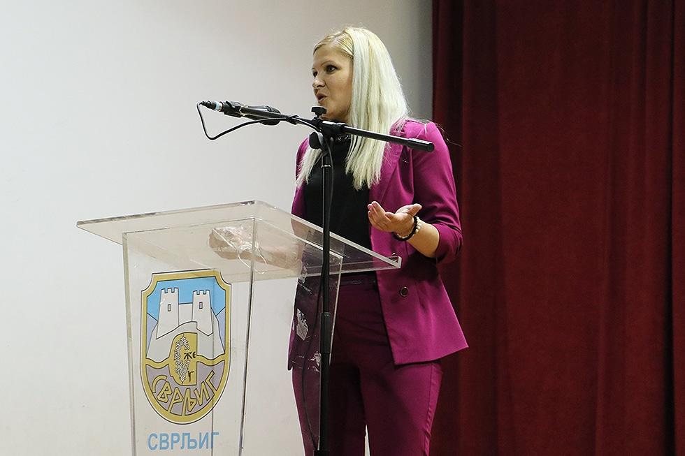 Odbornica Emina Žikić, foto: Svrljiške novine