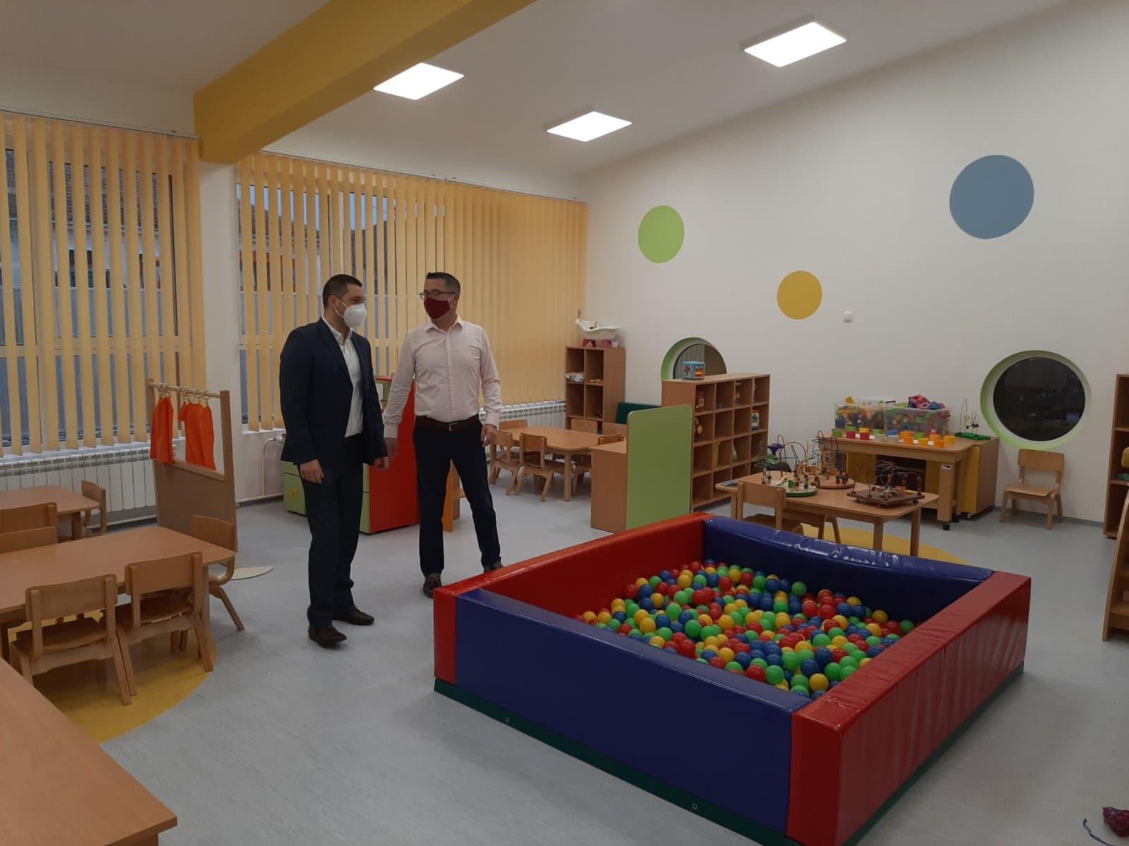 Predsednik Marković i direktor Miletić, foto: PU ,,Poletarac''