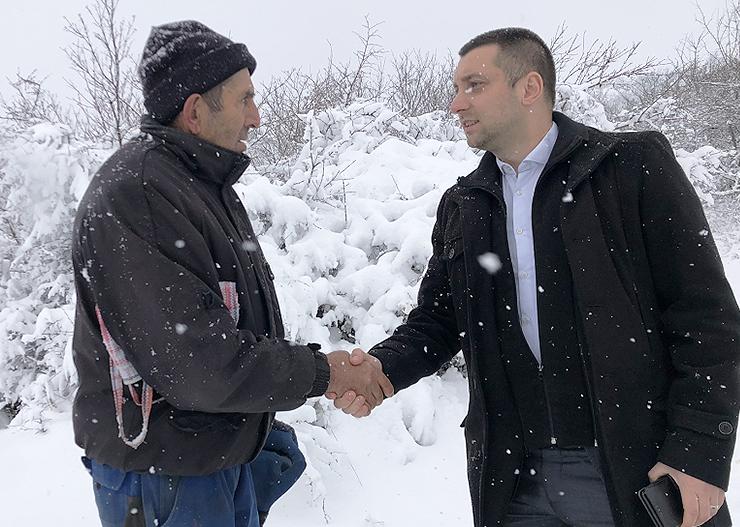 Predsednik opštine u Lukovu, susret sa meštanima, foto: M.M.