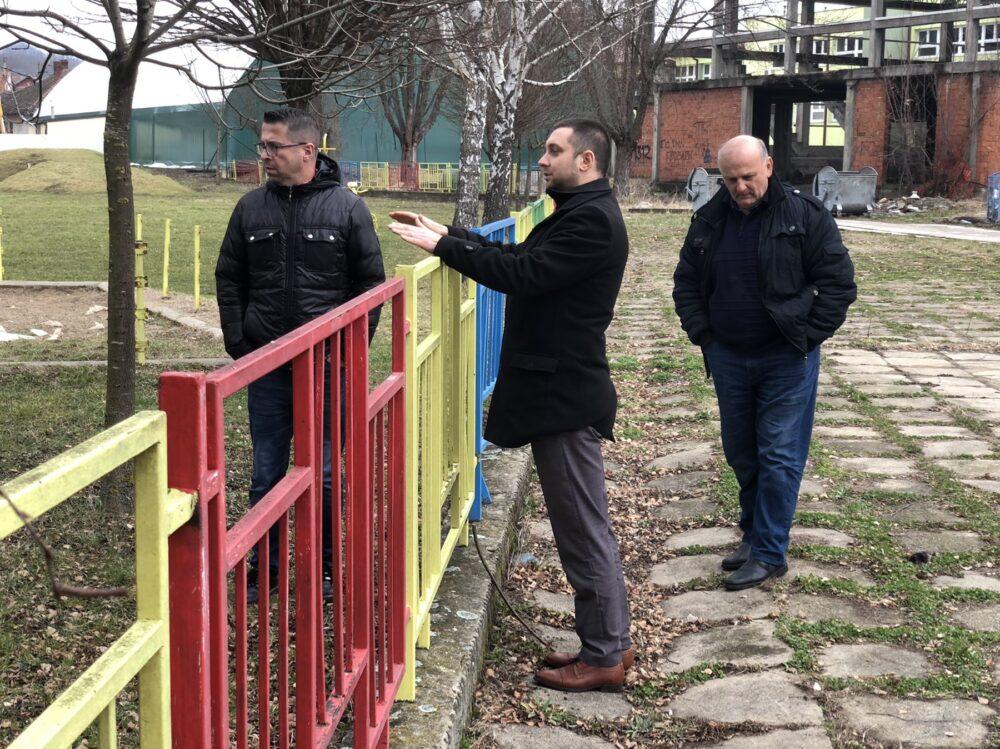 Predsednik opštine Miroslav Marković na mestu buduće rekonstrukcije, foto: M.M.
