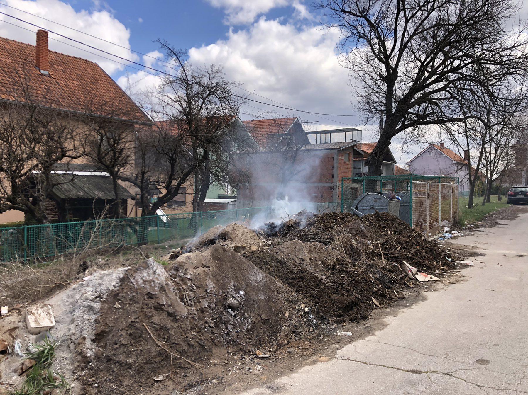 Deponija, Dom zdravlja, foto: Svrljiške novine