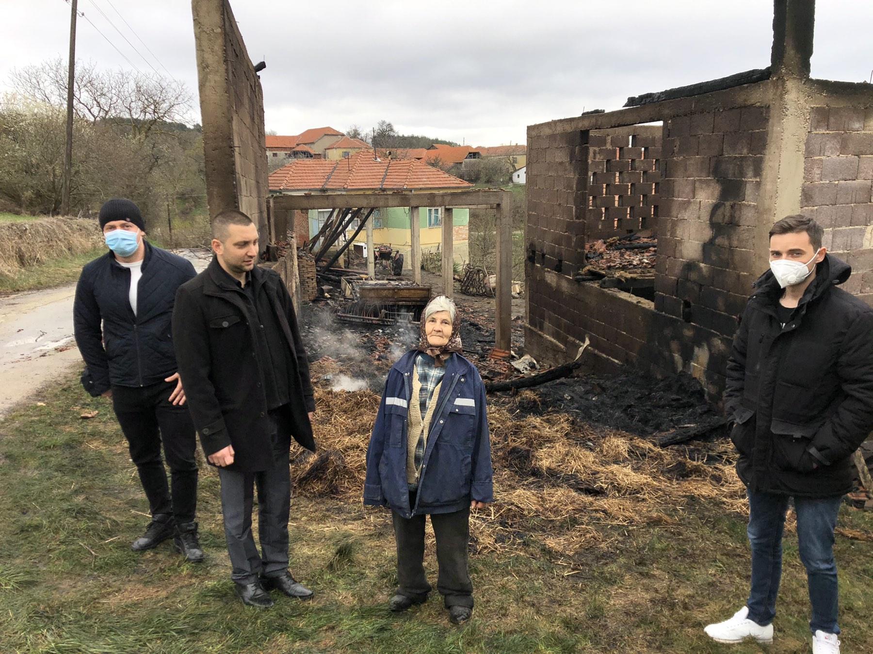 Predsednik opštine obišao porodicu Živković, foto: Svrljiške novine