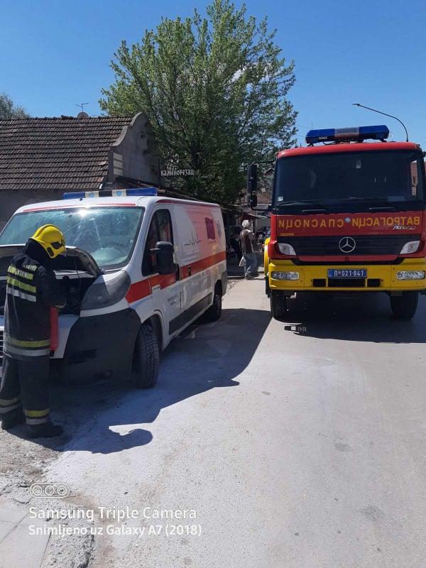 SVRLJIG: Zapalilo se vozilo knjaževačkog Doma zdravlja