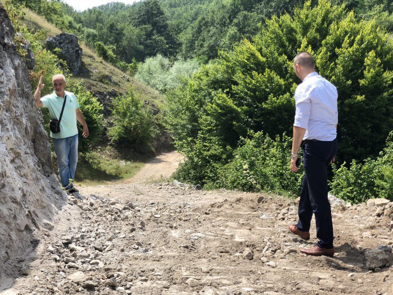 Predsednik opštine obišao radove u Grbavču, foto: M.M.