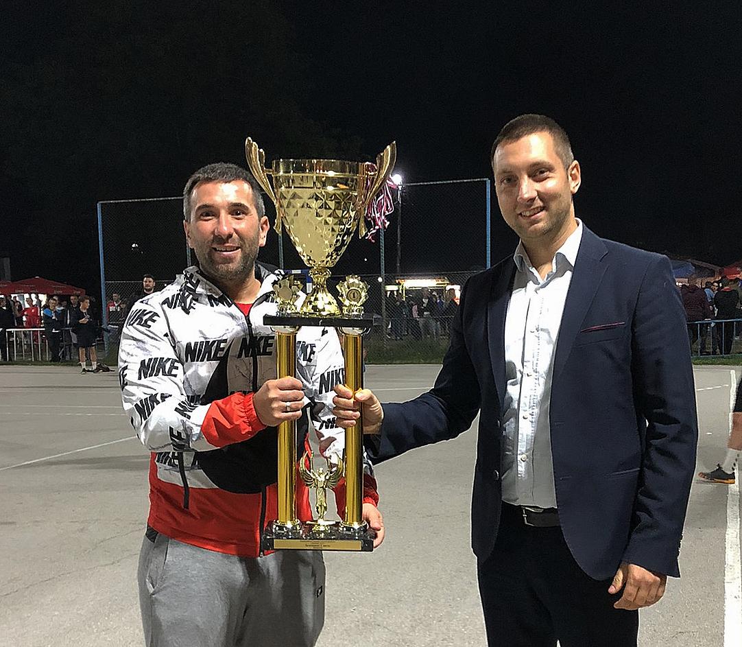 Rasadnik Žića, pobednik turnira, dodela pehara, foto: M.M.