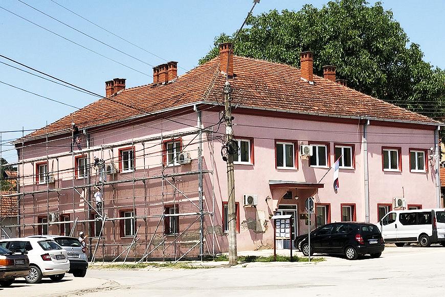 Zgrada OU Svrljig, foto: Svrljiške novine