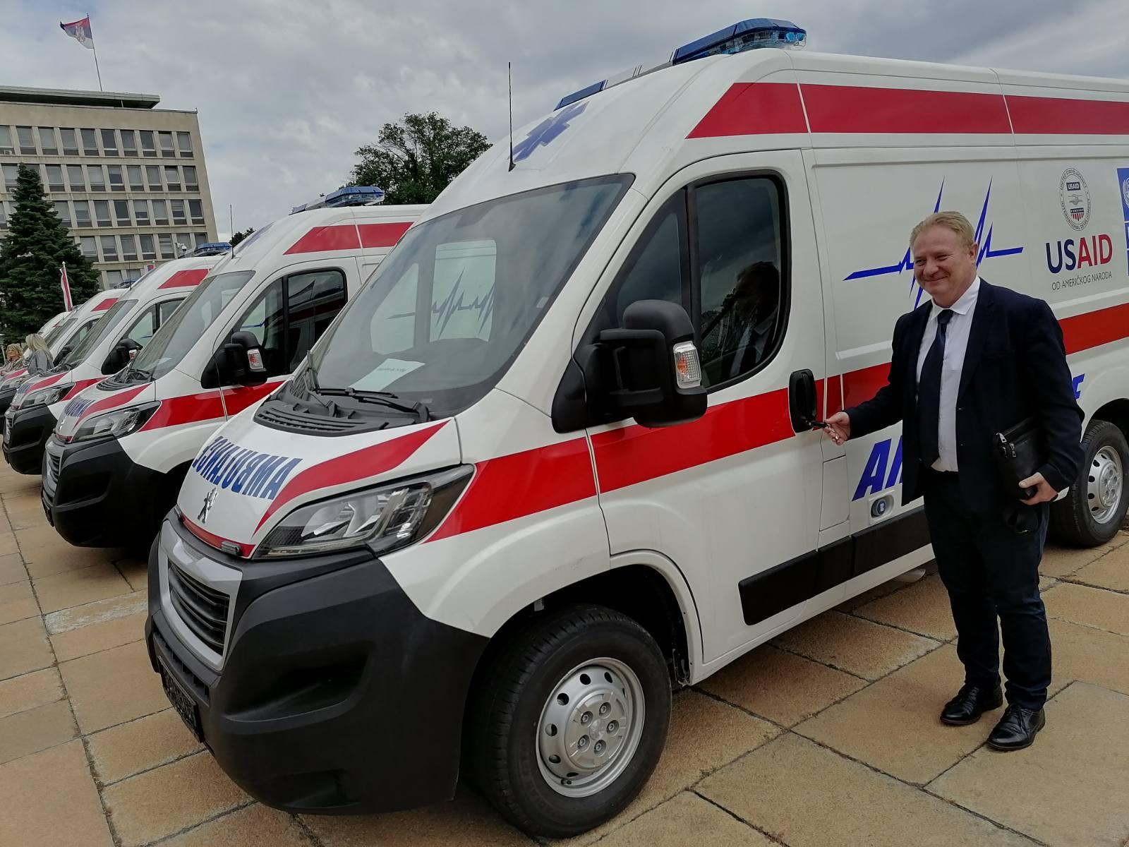 Novo vozilo, foto: Dom zdravlja, arhiva