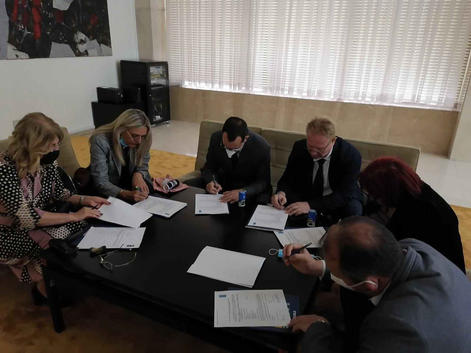Potpisivanje, foto: Dom zdravlja