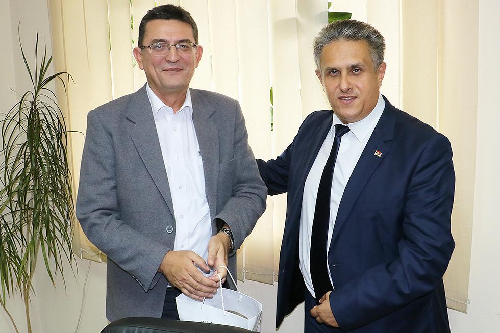 Pokloni za goste, Arsić i Miletić, foto: M. Miladinović