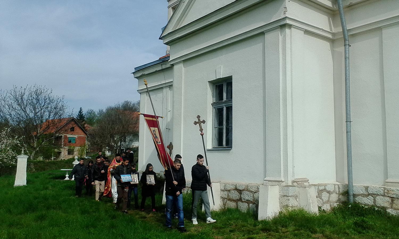 Litija povodom Uskrsa u selu Lalinac