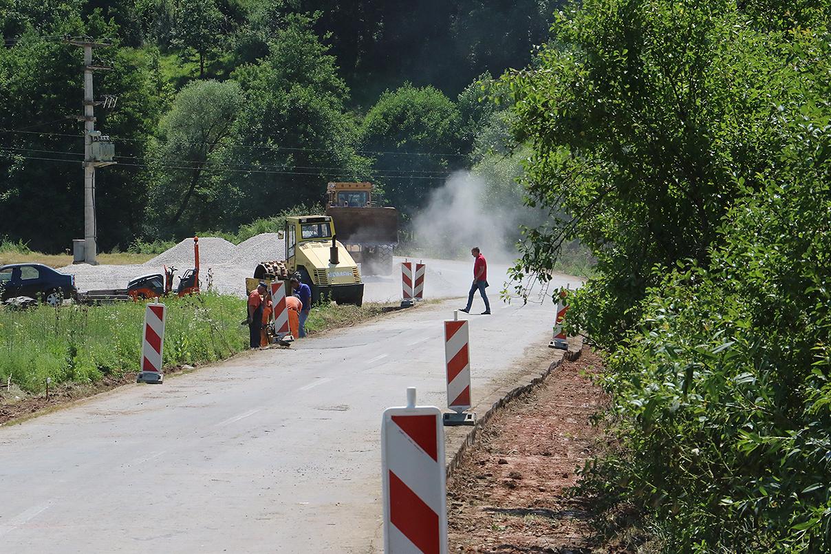 Izgradnja puta prema Staroj planini iz pravca Svrljiga, foto: M. Miladinović, Svrljiške novine