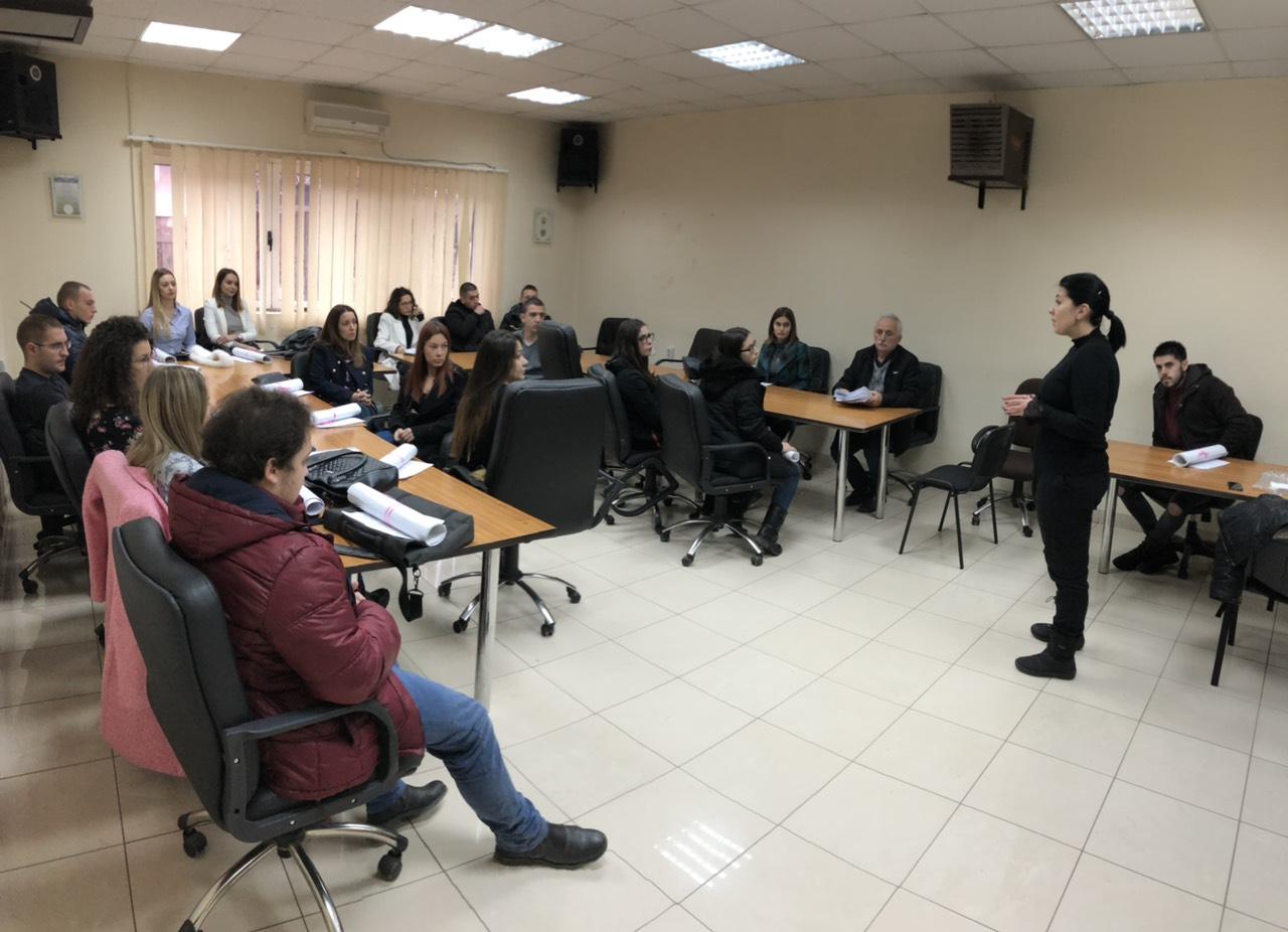 Predsednica Trifunović u razgovoru sa studentima, foto: M.M.