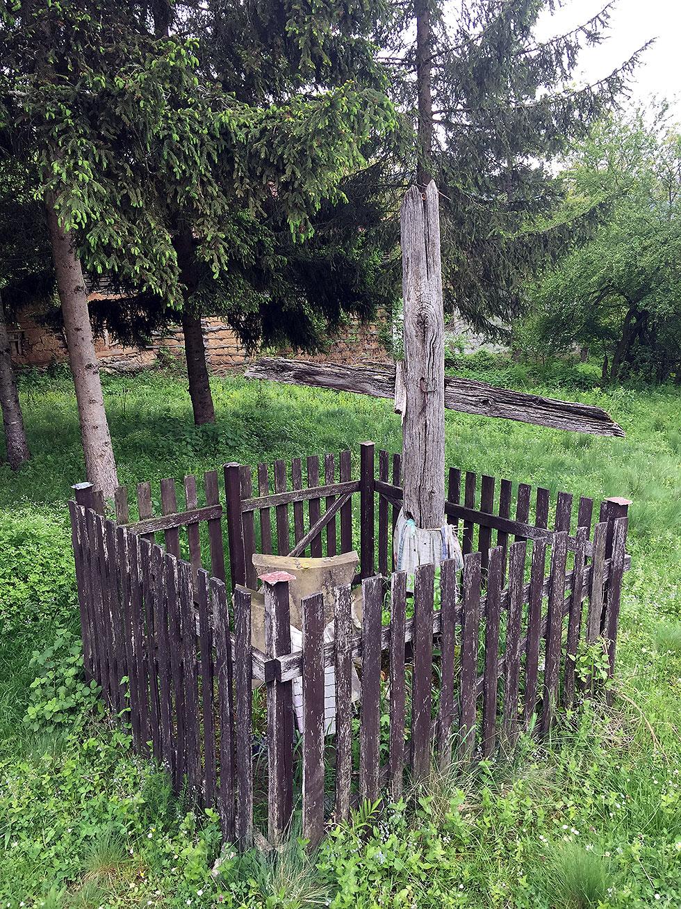 U Lozanu izvori pijaće vode i pećina Vaskova duvka 3
