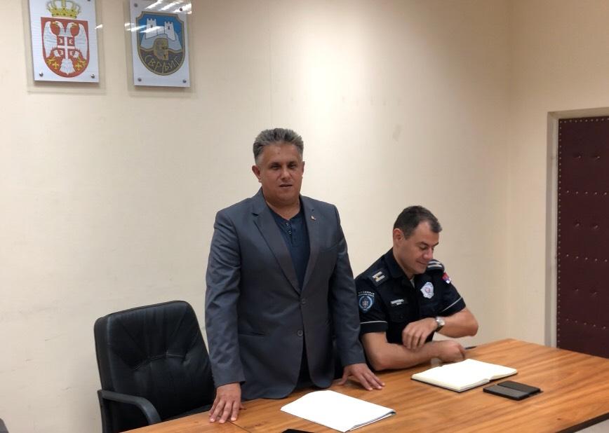 Narodni poslanik Milija Mieltić u razgovoru sa predstavnicima MZ sa teritorije svrljiške opštine, foto: M.M.