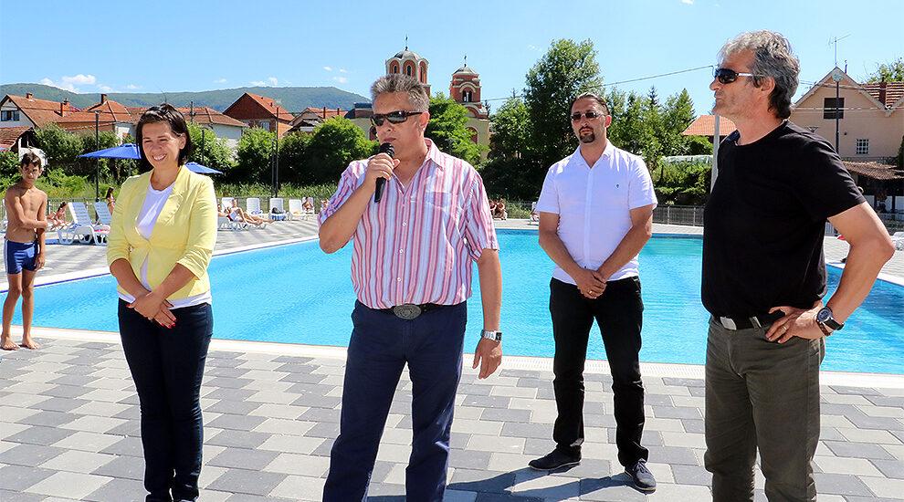 Foto: Svrljiške novine / Otvaranje bazena