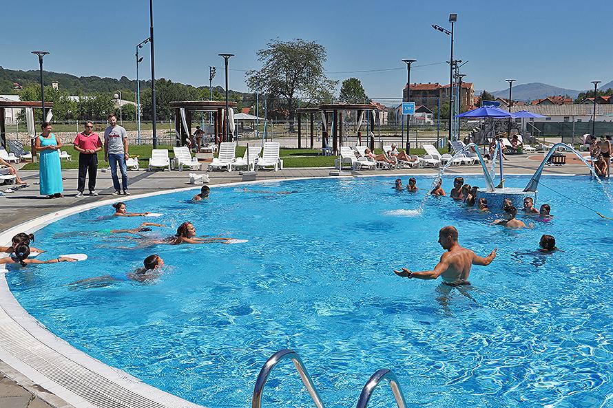 """Počela sa radom Škola plivanja na kompleksu bazena ''Bazeni Pastirište"""""""