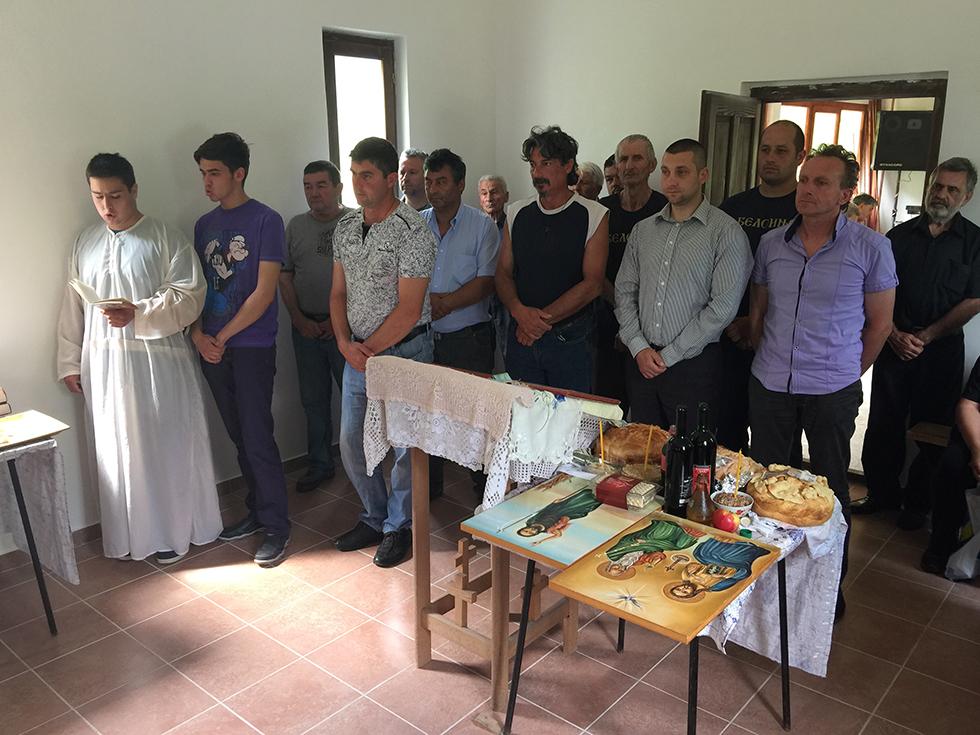Liturgijom obeležena seoska slava u Beloinju 1
