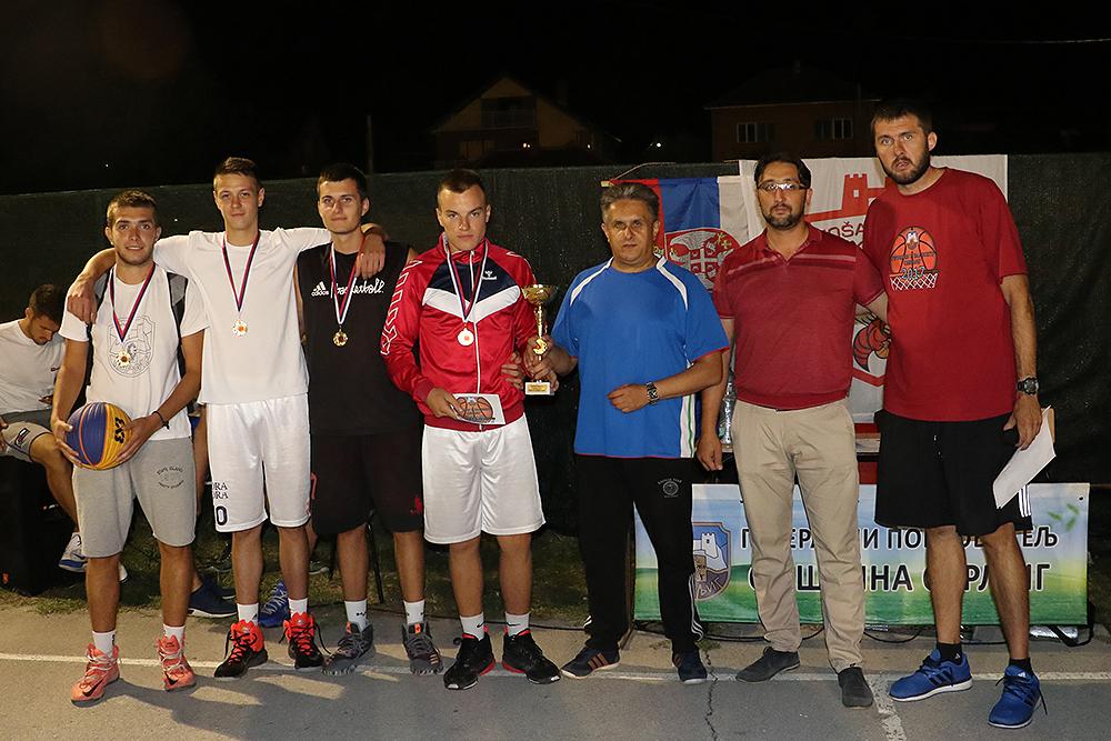 Najbolja domaća ekipa, foto: M. Miladinović, Svrljiške novine