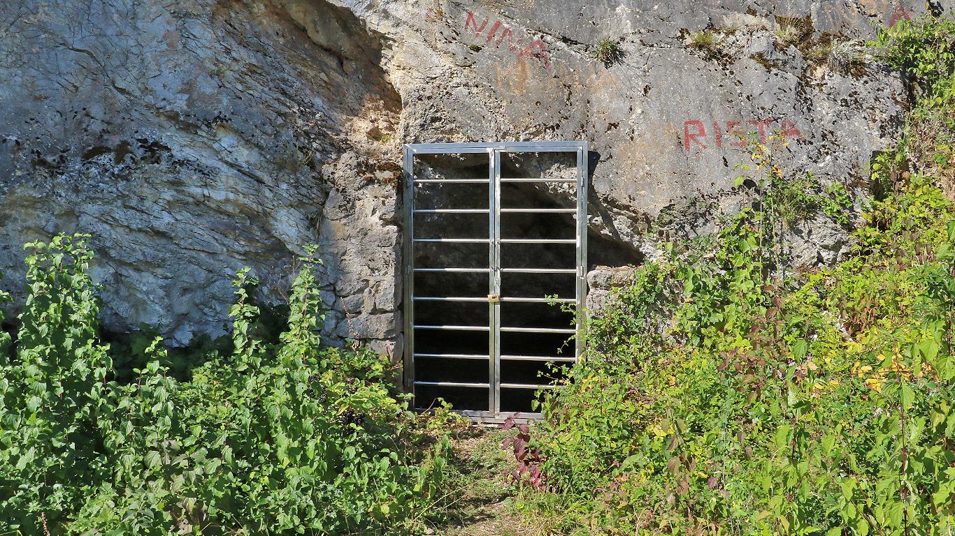 Ulaz u Prekonošku pećinu, foto: M. Miladinović