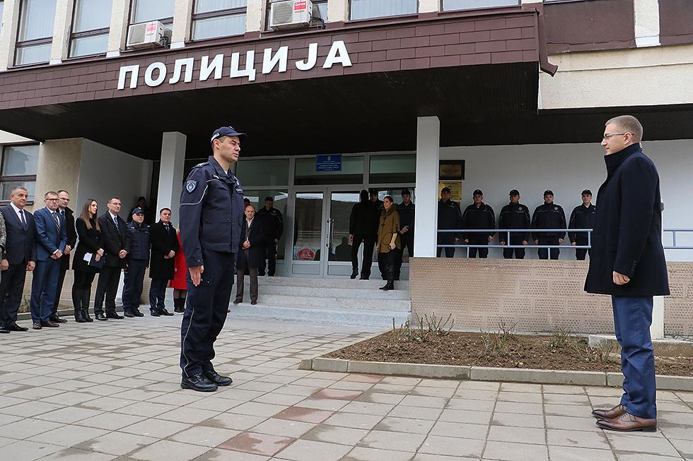 Ministar Nebojša Stefanović obišao novi objekat Policijske stanice Svrljig