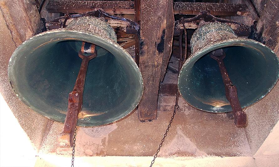 Zvono na crkvi u Lalincu