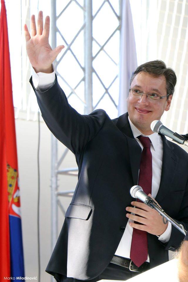 Vučić: Potreban nam je mir i stabilnost, podržavam dijalog