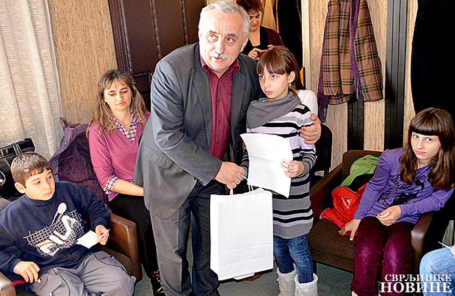 Osmomartovski literarni konkurs posvećen majci