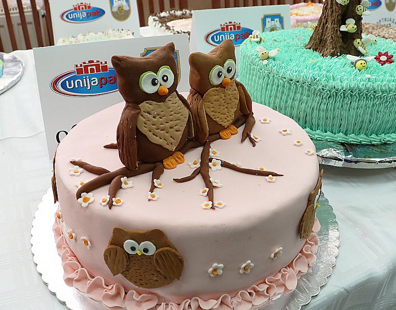 Saša Aleksić iz Svrljiga napravio najbolju tortu na 12. Tortijadi u Jagodini