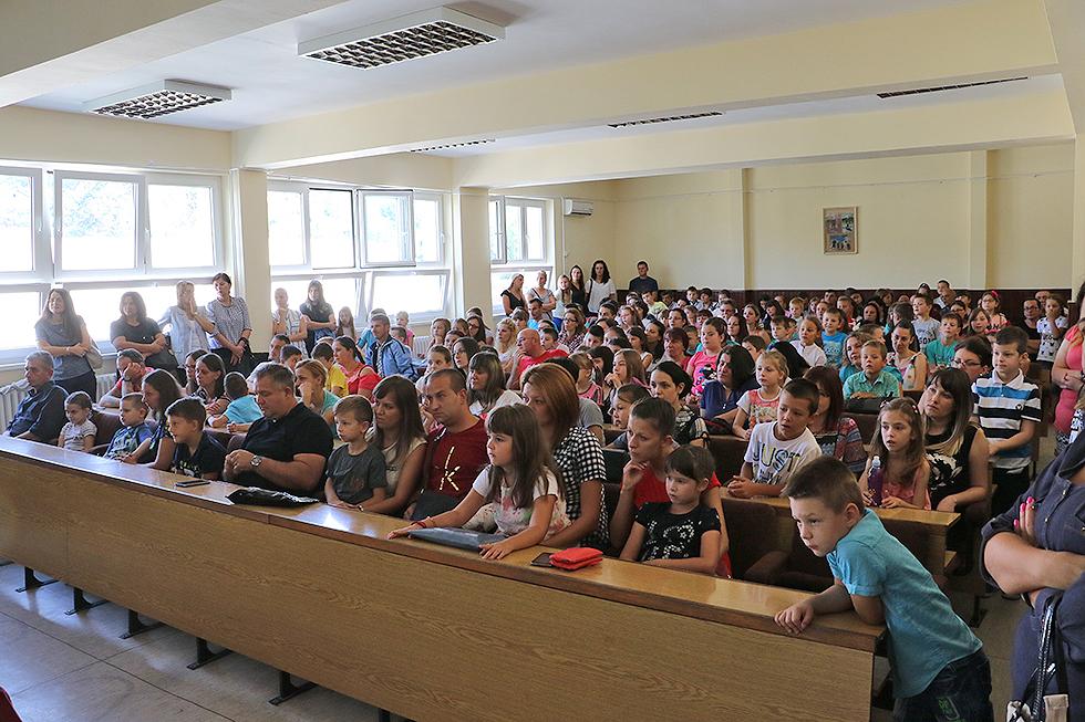 U Svrljigu upisano 80 dece u prvi razred