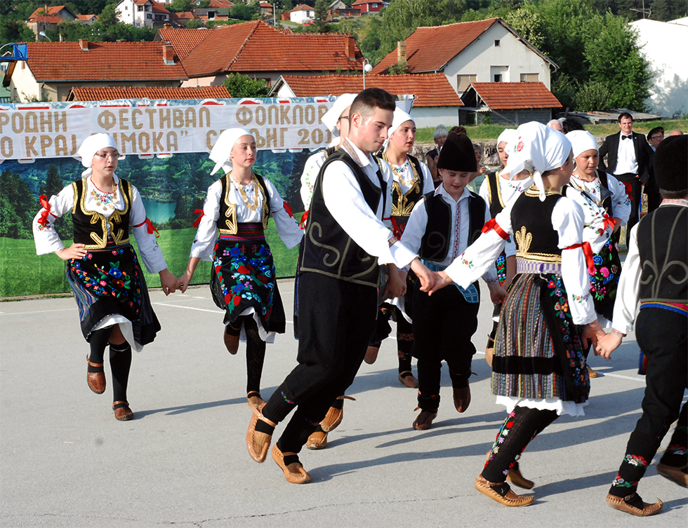 "Održan III Međunarodni festival folklora ""Igra kolo kraj Timoka"""