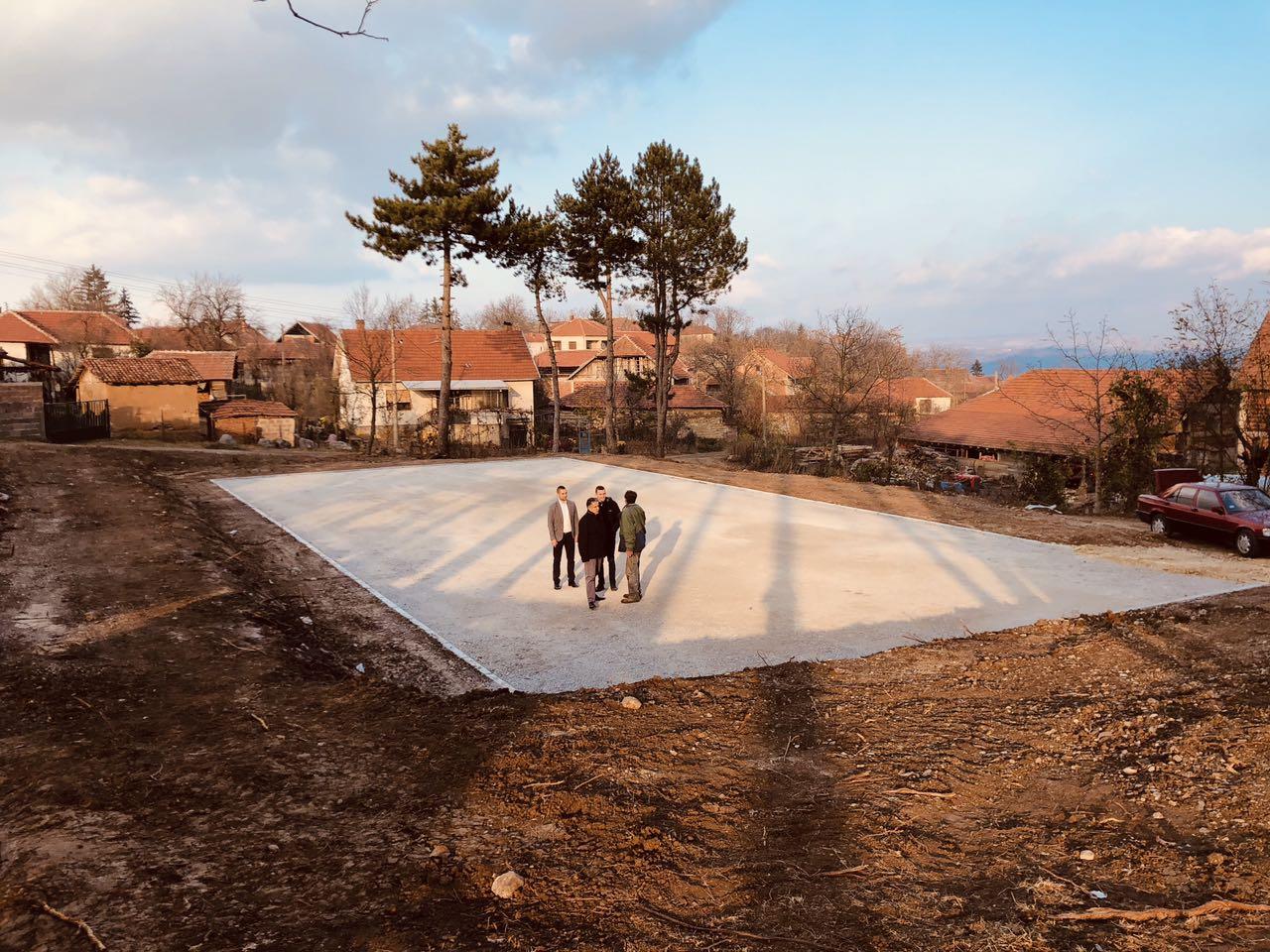 Gradi se novo sportsko igralište