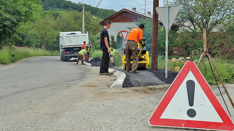 Foto: Svrljiške novine / izgradnja trotoara