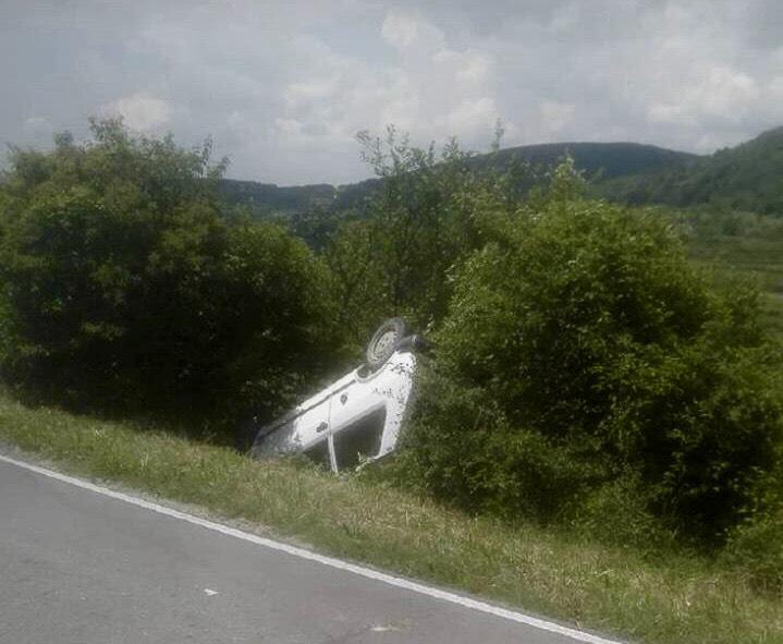 Automobilom sleteo sa puta (FOTO)