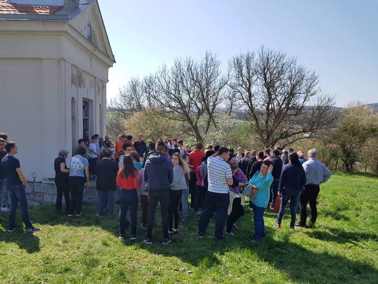 Uskršnja litija u Lalincu