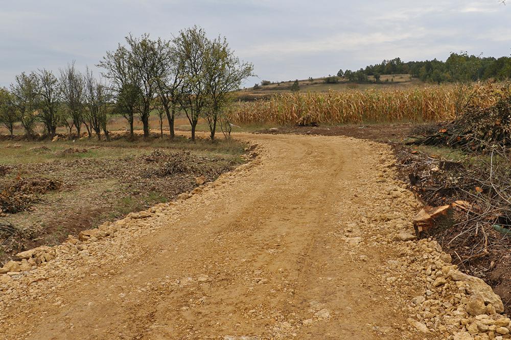 Izgradnja atarskih puteva u svrljiškoj opštini